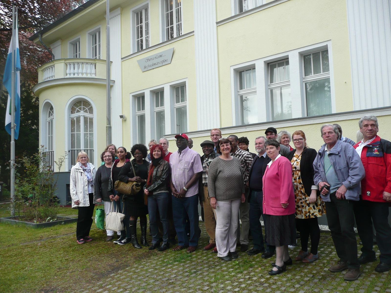 Deutsche NGO treffen den Botschafter Mr. J.Stevens